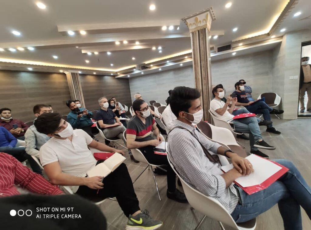 برگزاری نخستین دوره آموزشی اپراتوری ماشینآلات و مواد پی. یو در ماشین سازی پی یو صنعت نظری